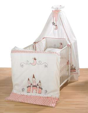 kinderbett m dchen wo die kleinen gl cklich schlafen. Black Bedroom Furniture Sets. Home Design Ideas